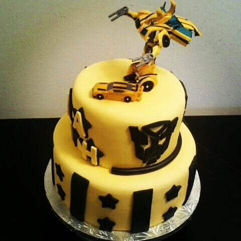 transformers bumblebee birthday cakes